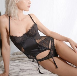 Anne-thais escorts