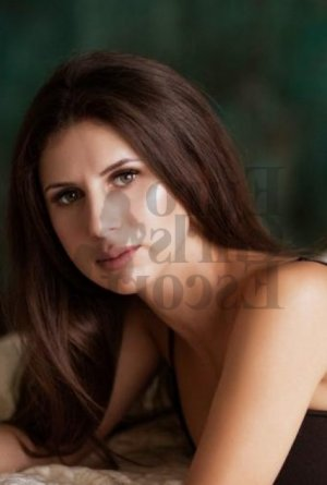 Helenne shemale escort girl