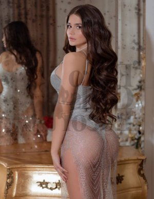 Clara-lou escort girl in Tanaina