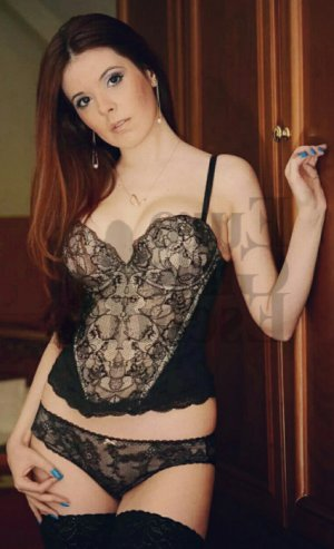 Gyslaine escort girl